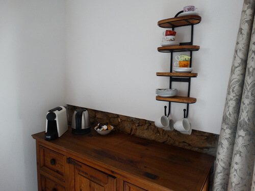 coffee bar and tea